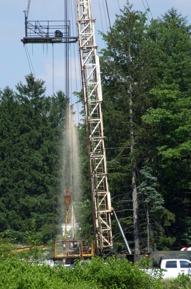 "a rig and 30-foot ""geyser"" were witnessed at a Coitsville, Ohio injection well site, the Collins #6 well"